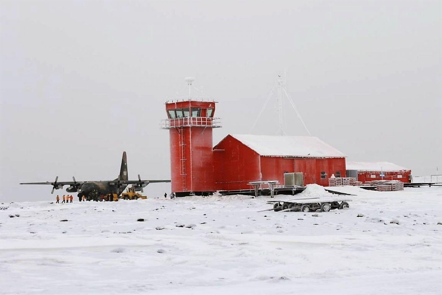 En la Antártida ya funciona el Detector de Rayos Cósmicos. Fuente: Archivo - Crédito: Cara Rosada.