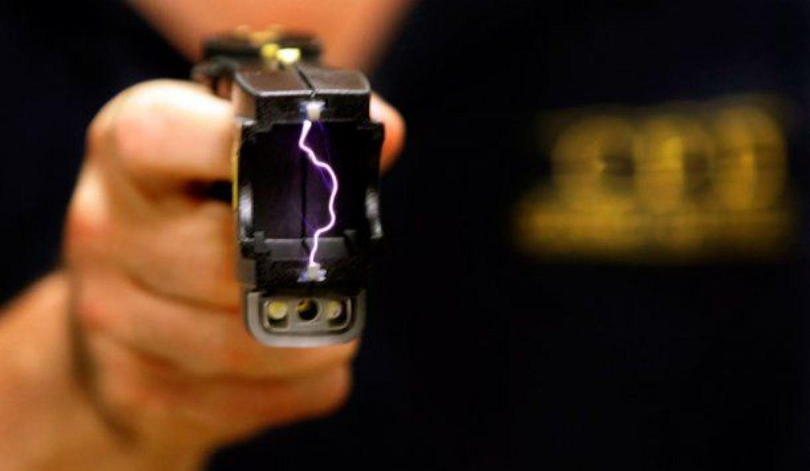 El Gobierno habilitó el uso de las pistolas Taser para las fuerzas de seguridad