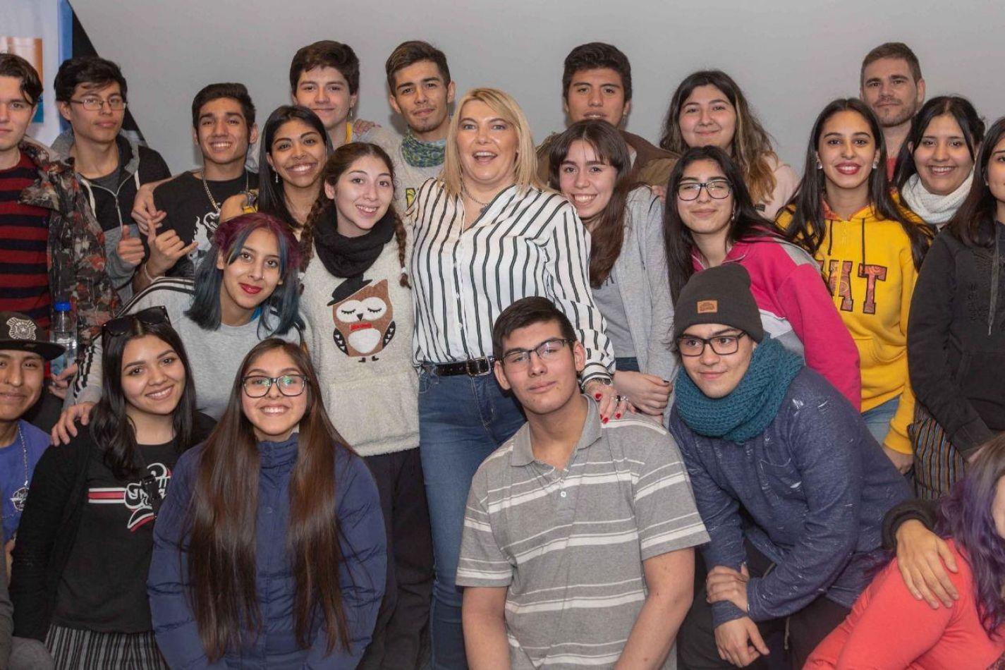 Gobienro presentó la Ley del Software a estudiantes de Río Grande