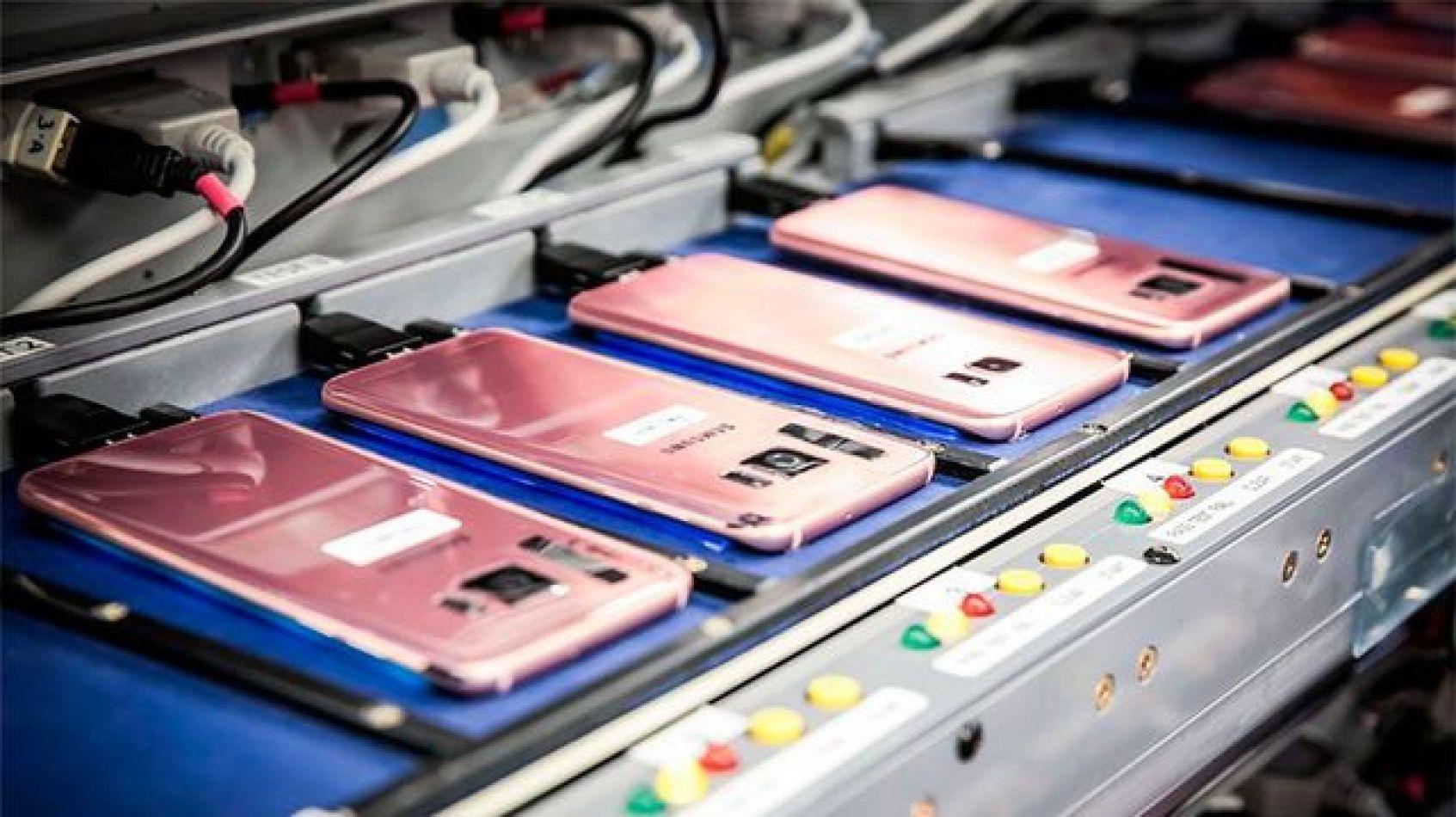 La producción de smartphones en Tierra del Fuego cayó un 33%