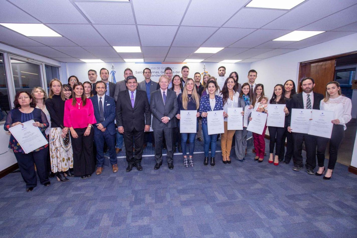 Gobierno entregó los certificados de la Diplomatura en Derecho Público