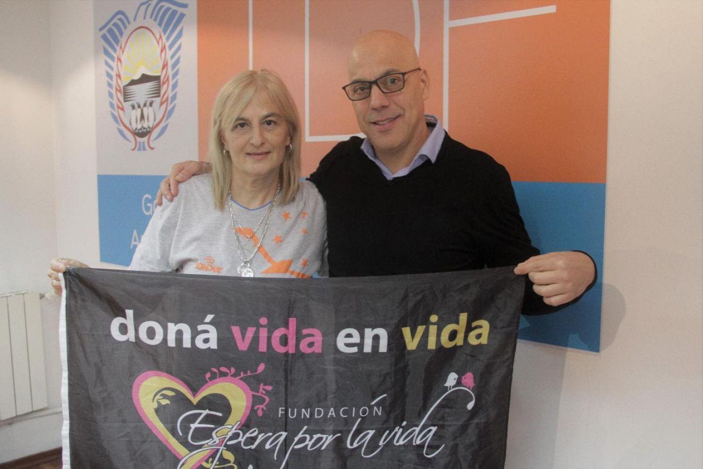 """El secretario General de Gobierno Juan José D'Angelo recibió a María de los Ángeles Musumeci, representante de la Fundación """"Espera por la Vida""""."""