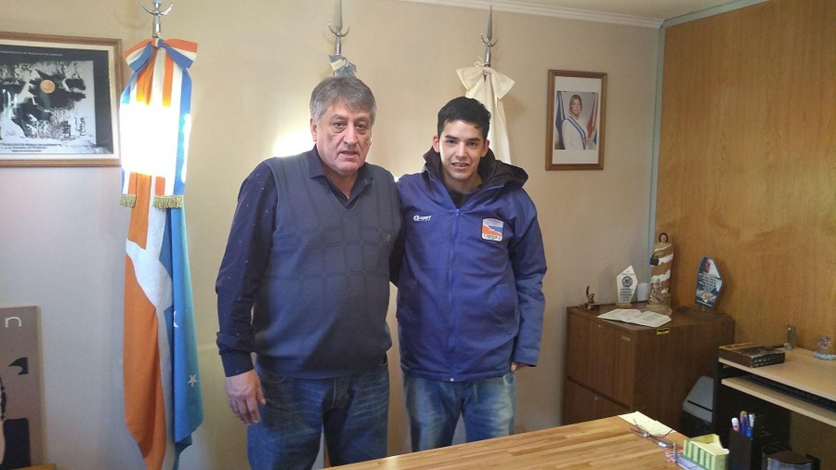 El intendente de la ciudad de Tolhuin Claudio Queno recibió a Gabriel Cejas