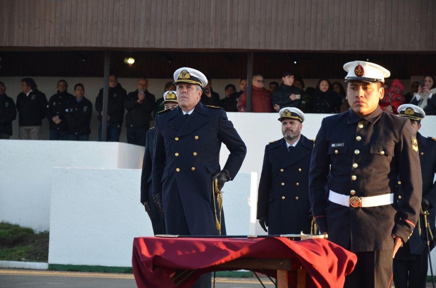 La Armada conmemoró el Día de la Bandera