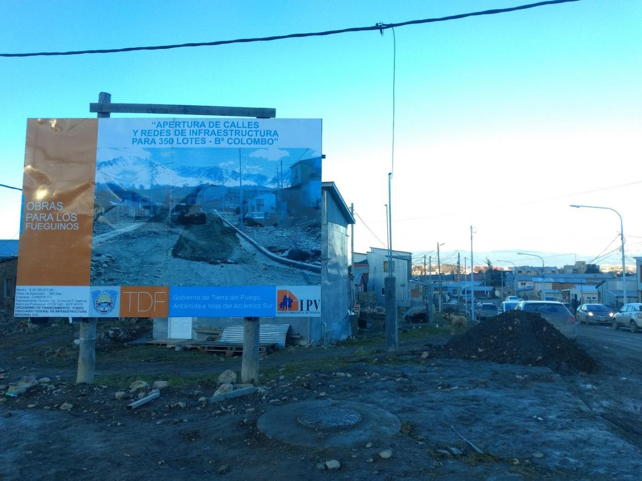 Avanza la obra de redes de agua potable en el barrio Colombo