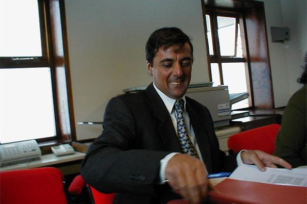 Virgilio Martínez de Sucre sigue contra José Martínez, aunque haya fallecido