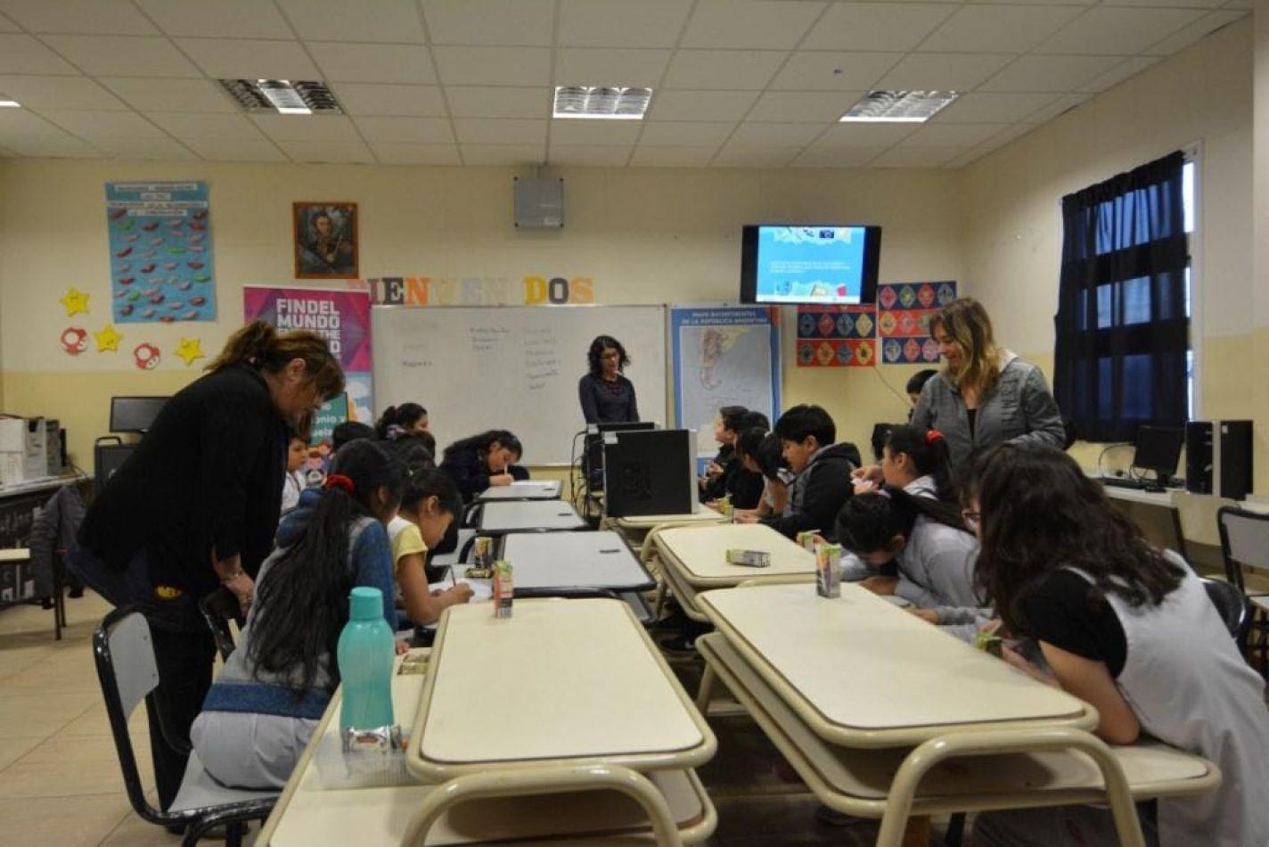InFueTur capacitó a estudiantes sobre turismo y patrimonio