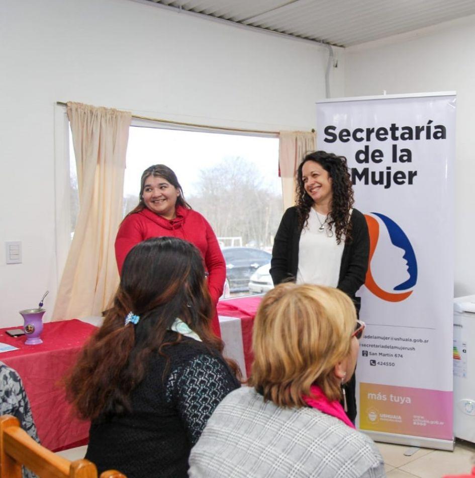Secretaría de la Mujer continúa  fortaleciendo a las mujeres de Ushuaia