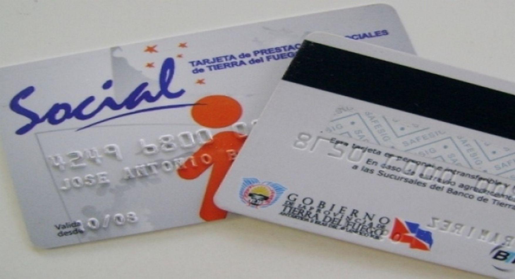 Distribución de tarjetas mesa fueguina