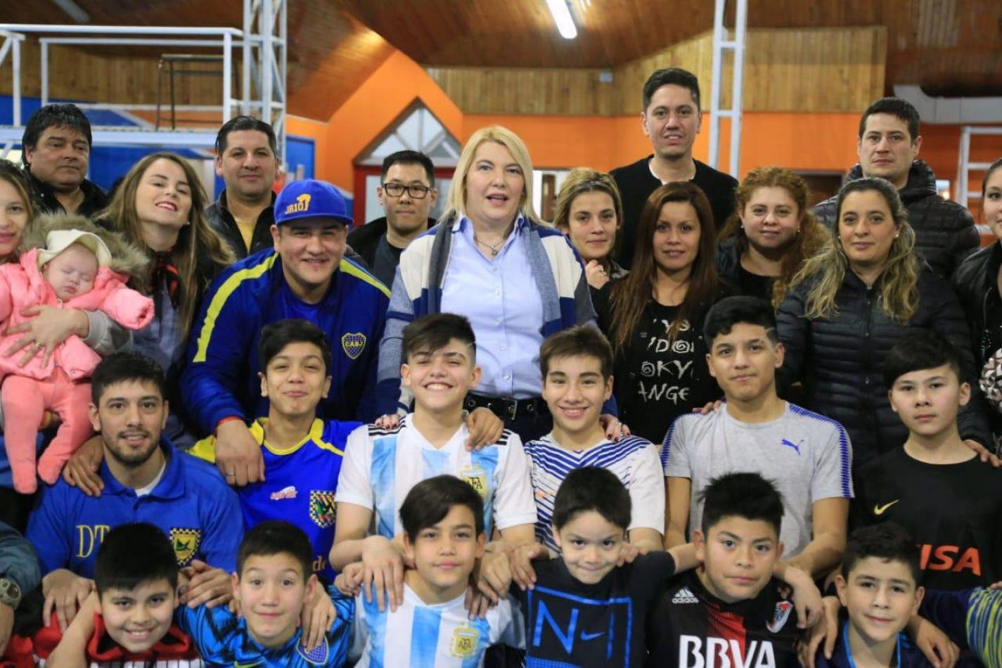 Bertone visitó a deportistas del Real Madrid