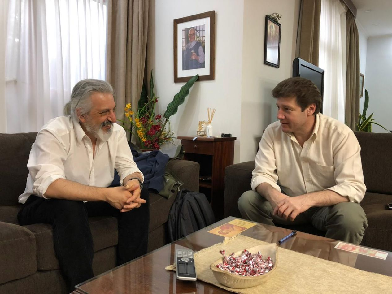 El intendente de la ciudad, Prof. Gustavo Melella, junto a Daniel Fernández, director del ICPA