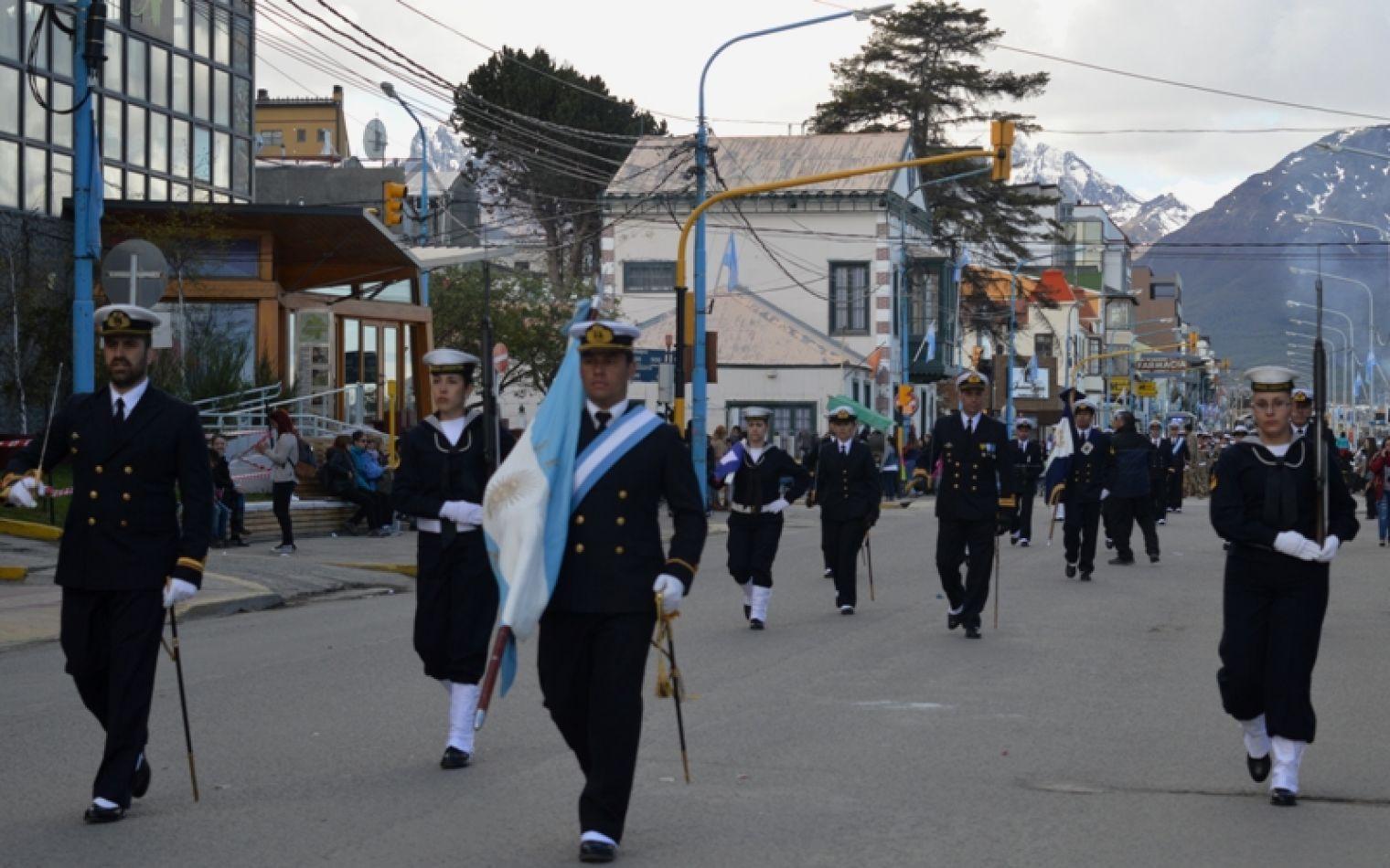 Desfile del 12 de Octubre: Convocan a instituciones a inscribirse