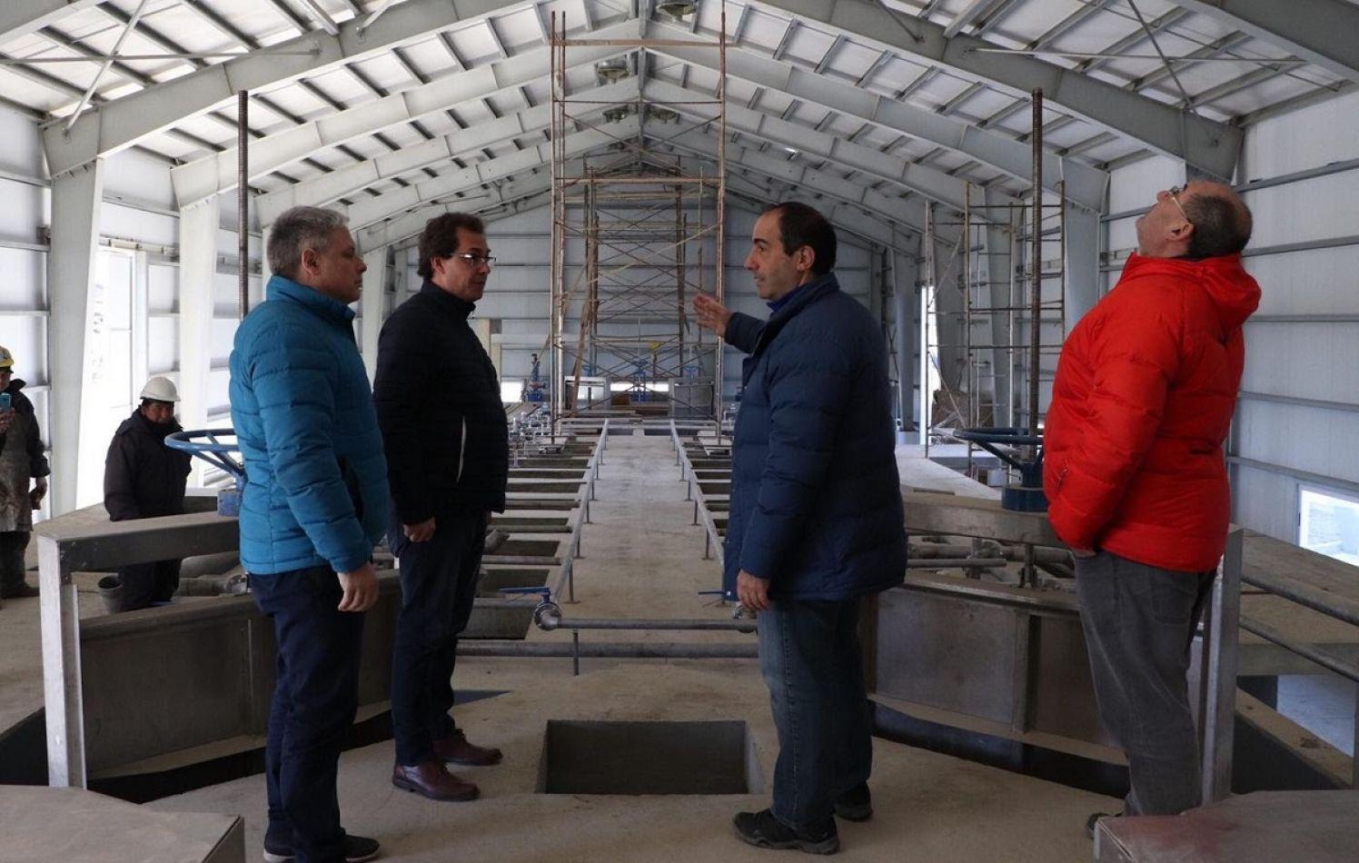 Continúa la obra de la plana de tratamiento cloacal de Bahía Golondrina