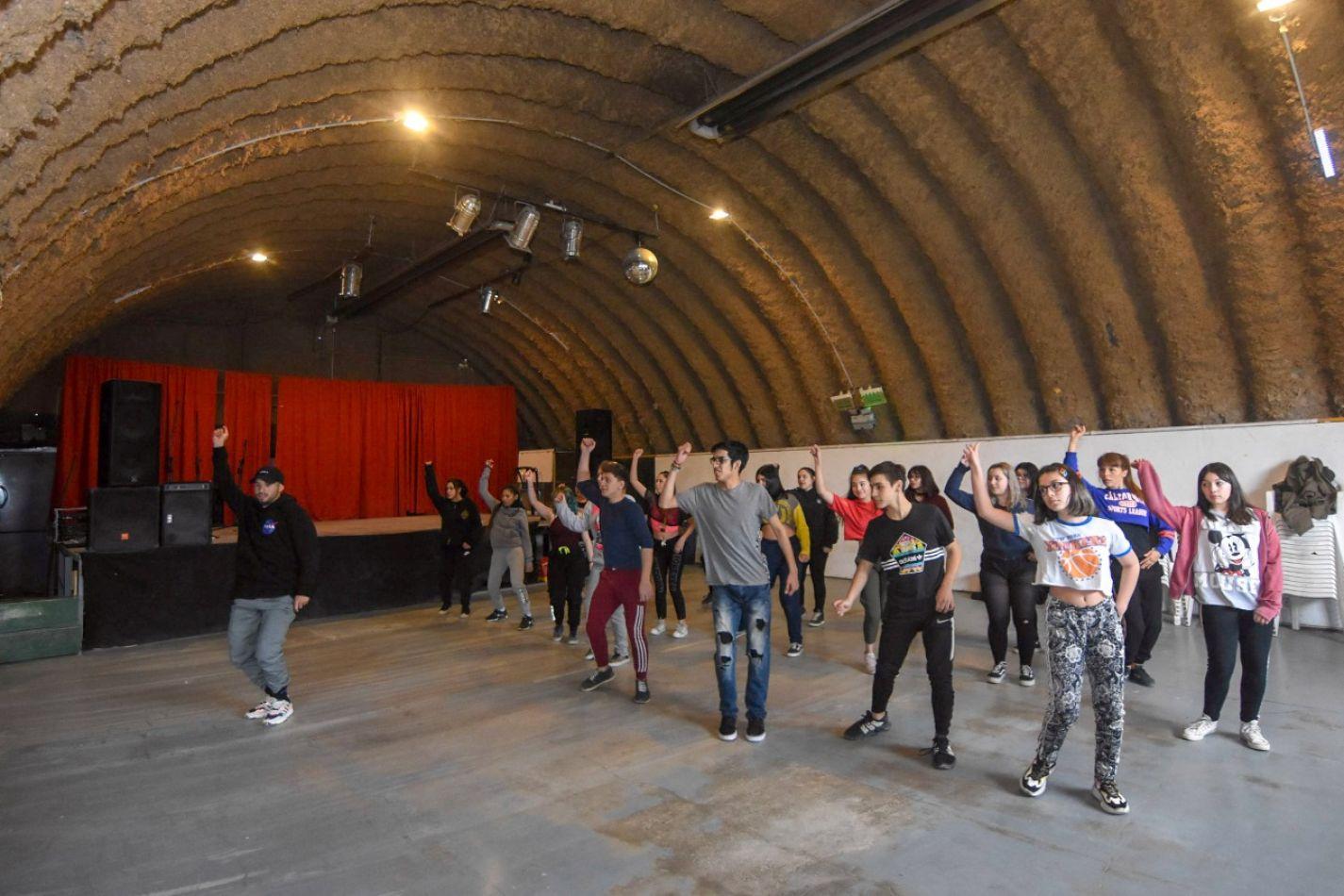 Se realizó un seminario de Hip Hop con más de 60 participantes