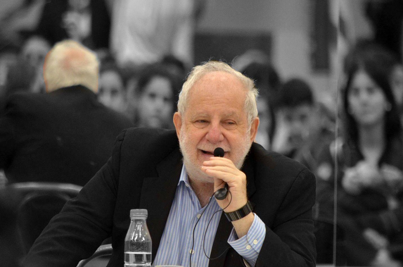 Dr. Ricardo Kirchuk, médico oncólogo.
