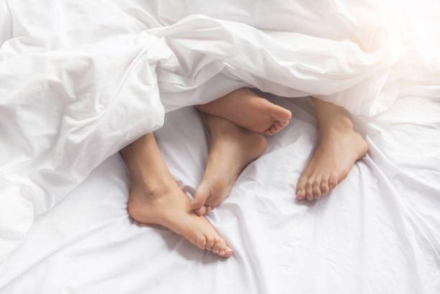 Disminución del deseo sexual: la ausencia de una actividad común puede causarlo