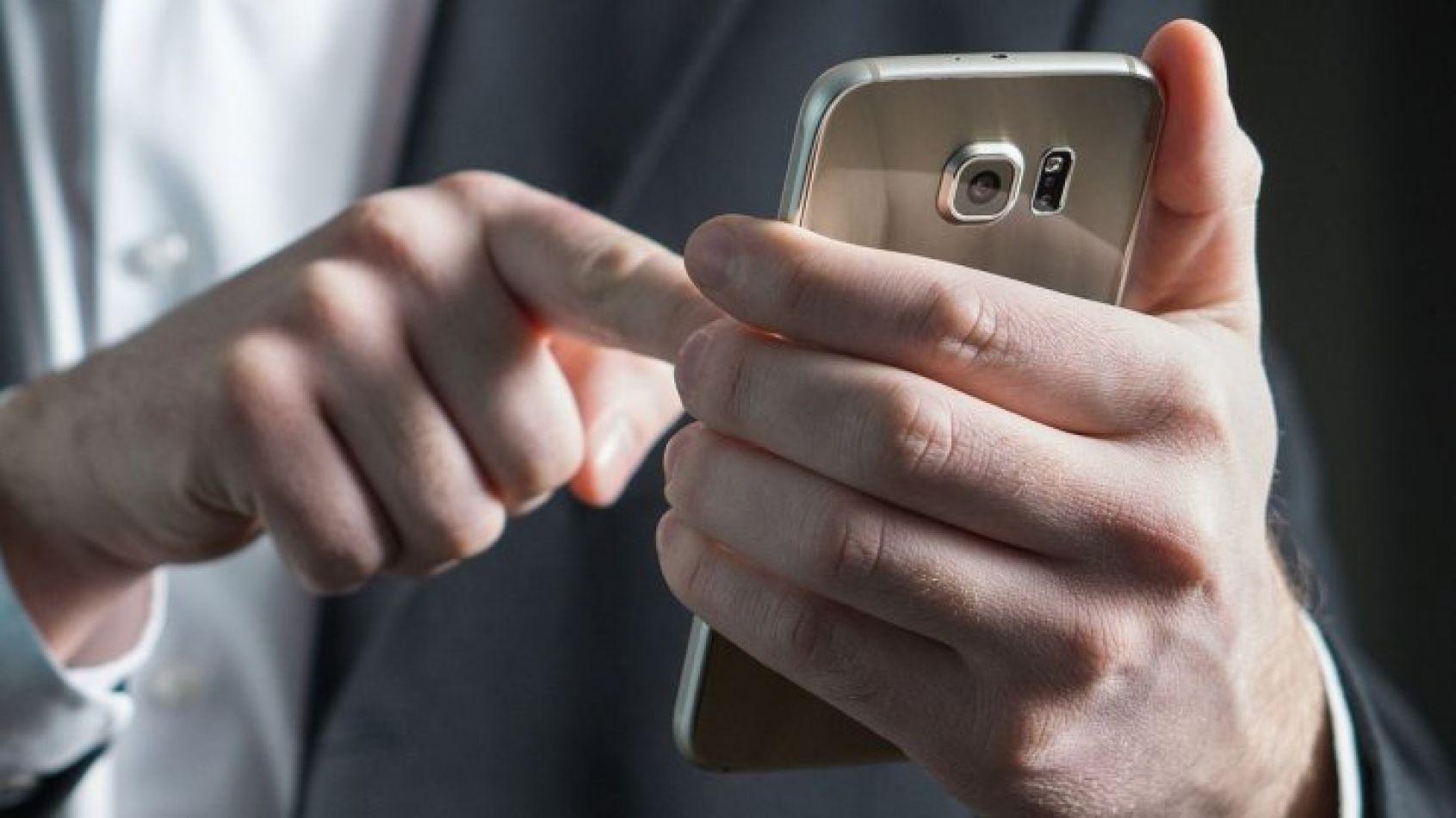 WhatsApp ahora se puede bloquear con la huella dactilar