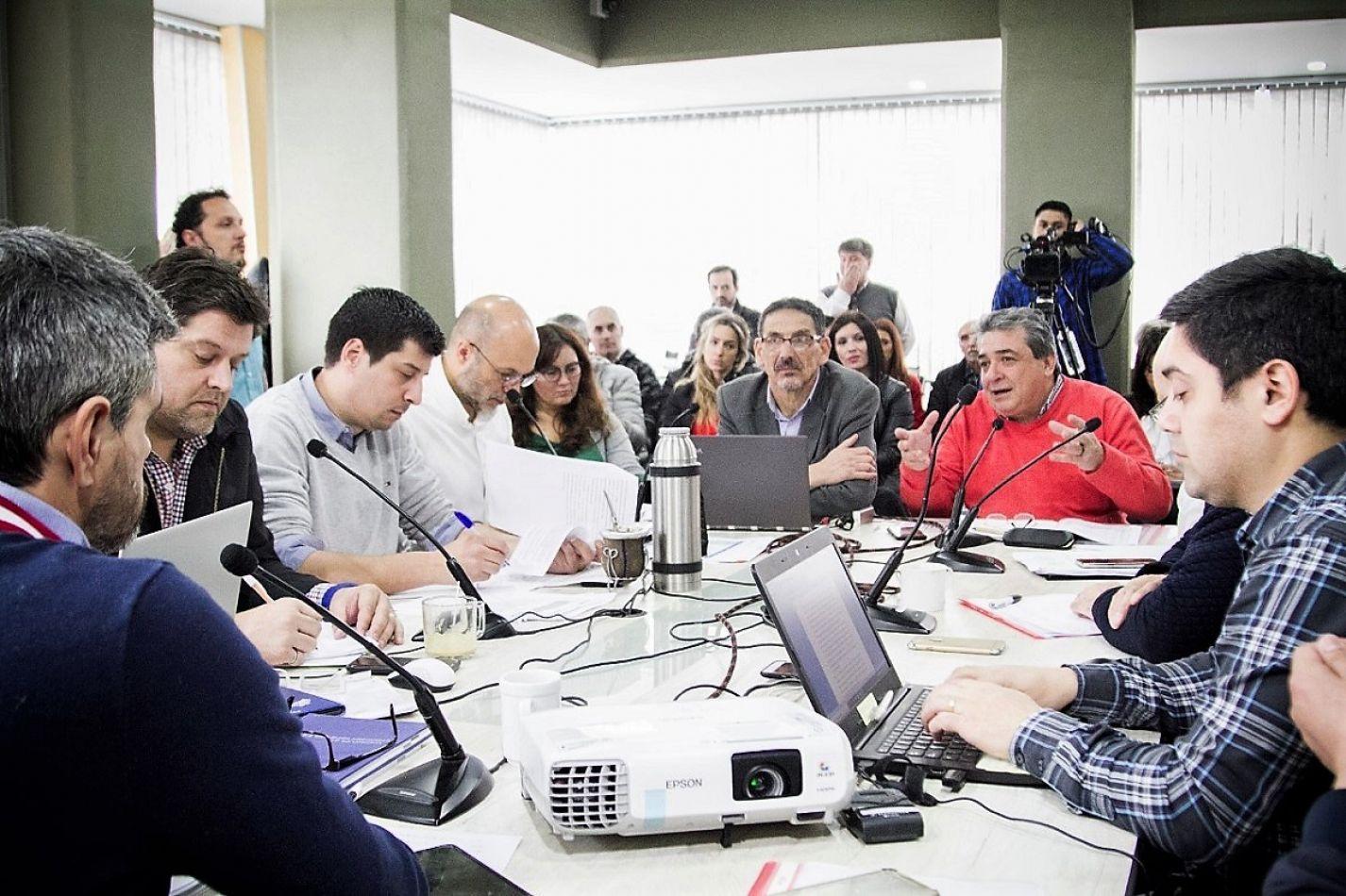 Comisión de presupuesto del Concejo Deliberante de Ushuaia.