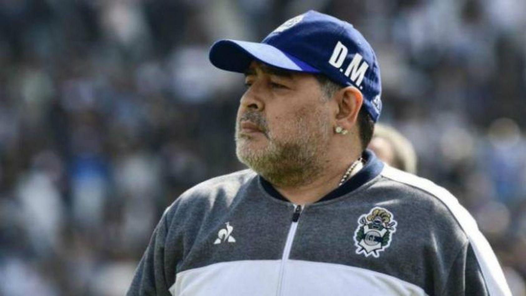 Maradona vuelve al Lobo y dirigirá el domingo ante Arsenal