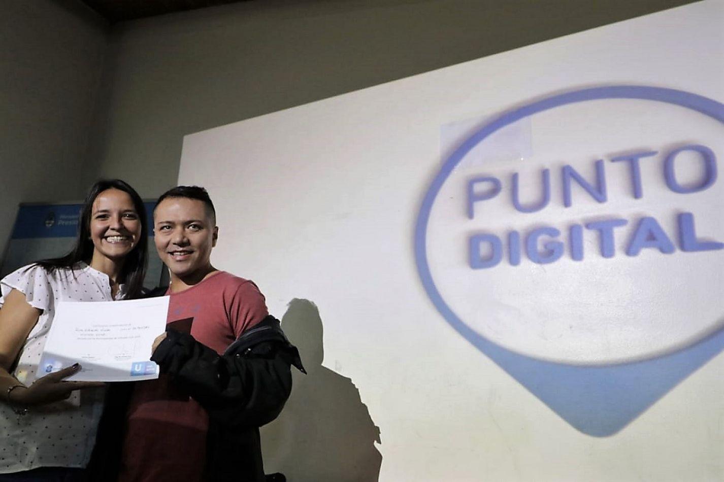 Se realizó el cierre anual de los talleres del Punto Digital