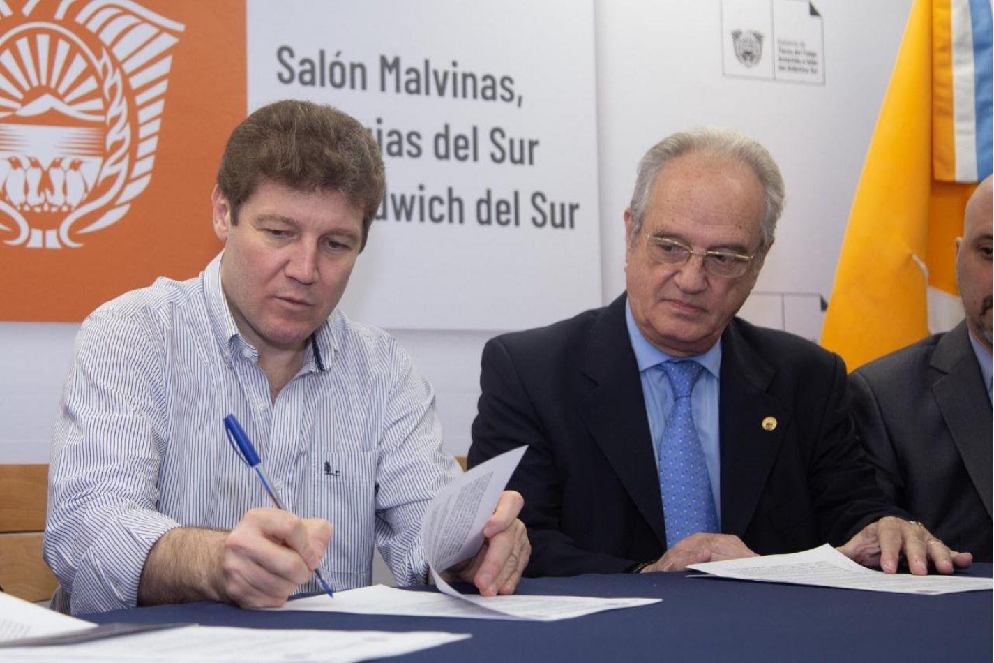 El Gobernador Gustavo Melella firmó convenio con la UBA