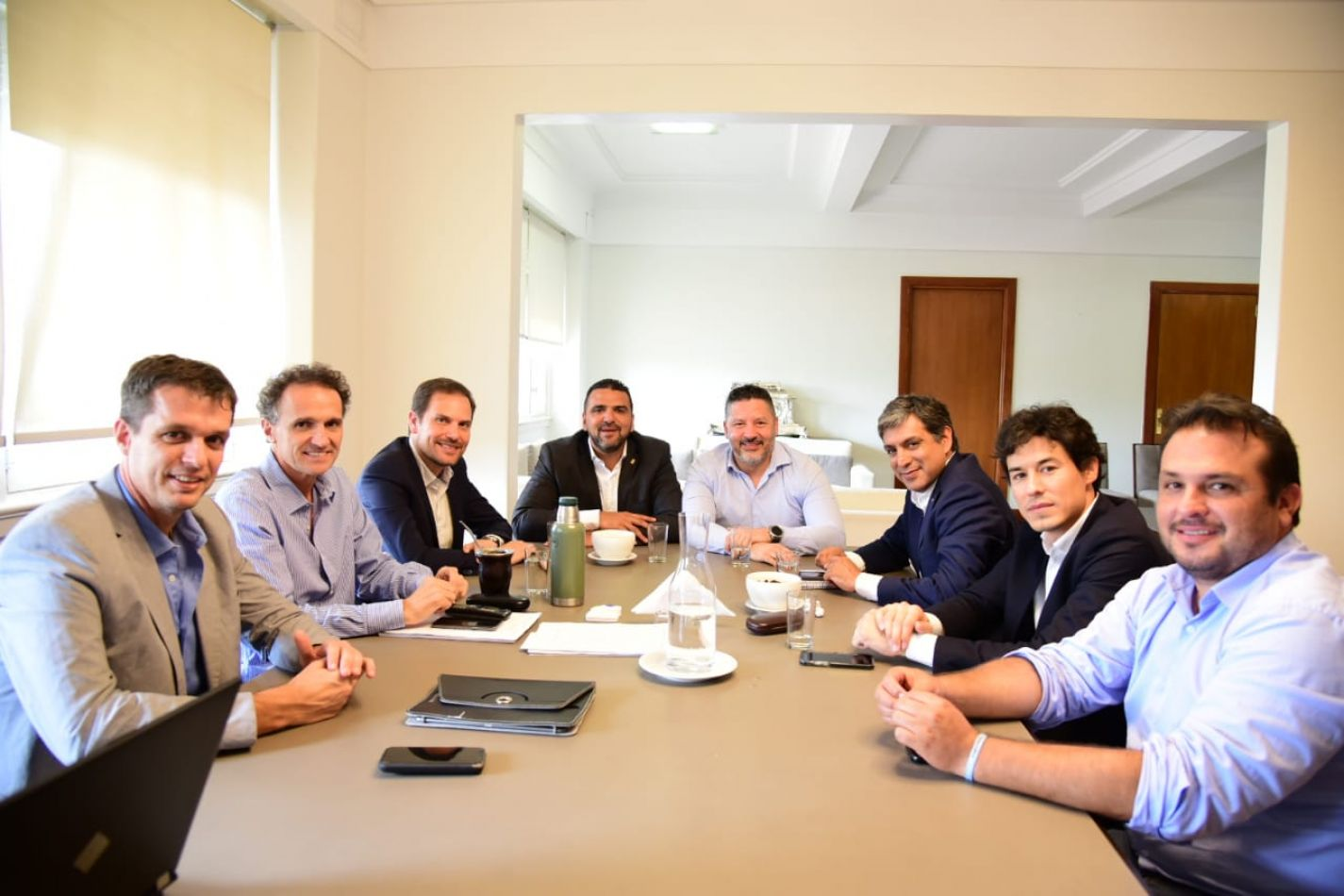 Encuentro entre el Intendente de Ushuaia y el Ministro de Obras Públicas de Nación