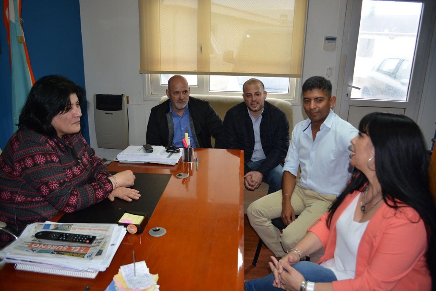 Mora y Calisaya recibieron a legisladores de Forja