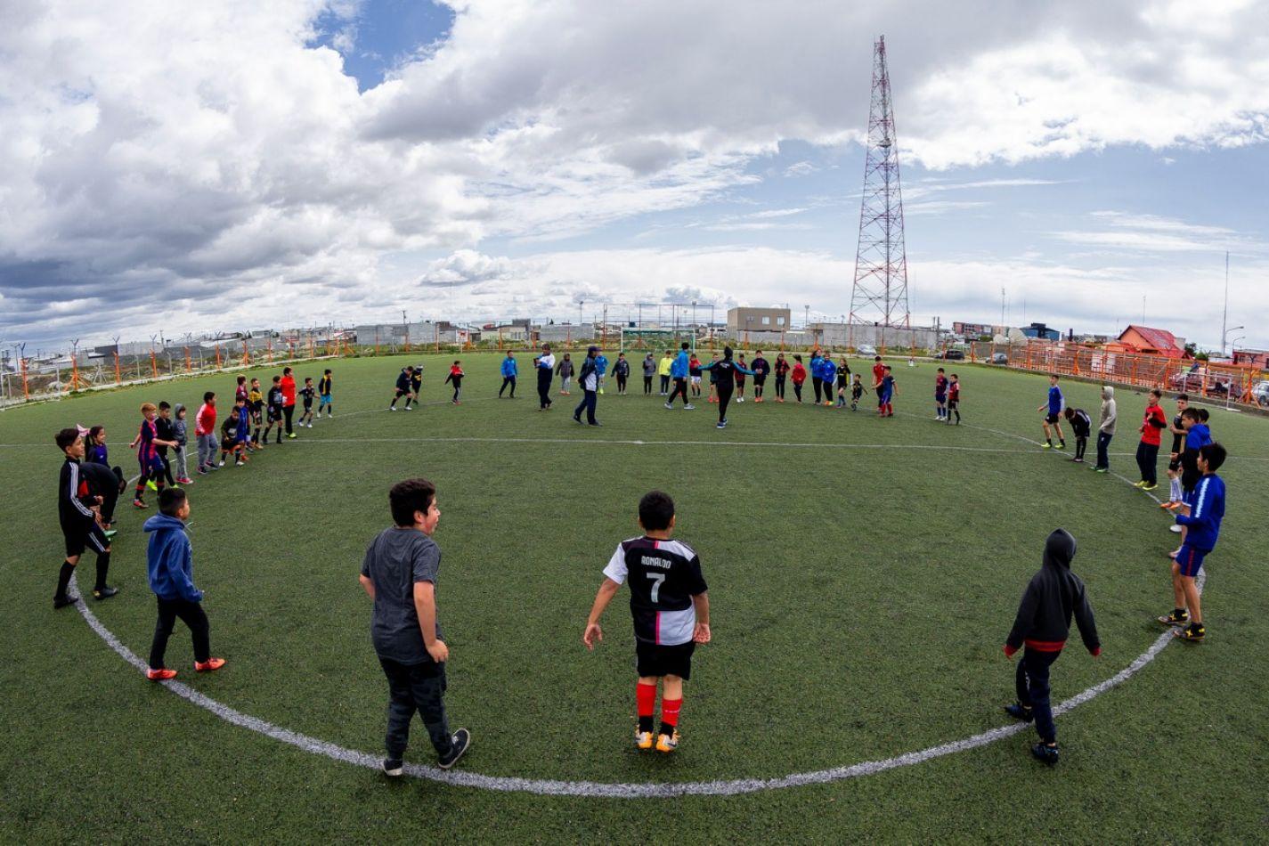 El Municipio realiza actividades recreativas con clubes y escuelitas de fútbol