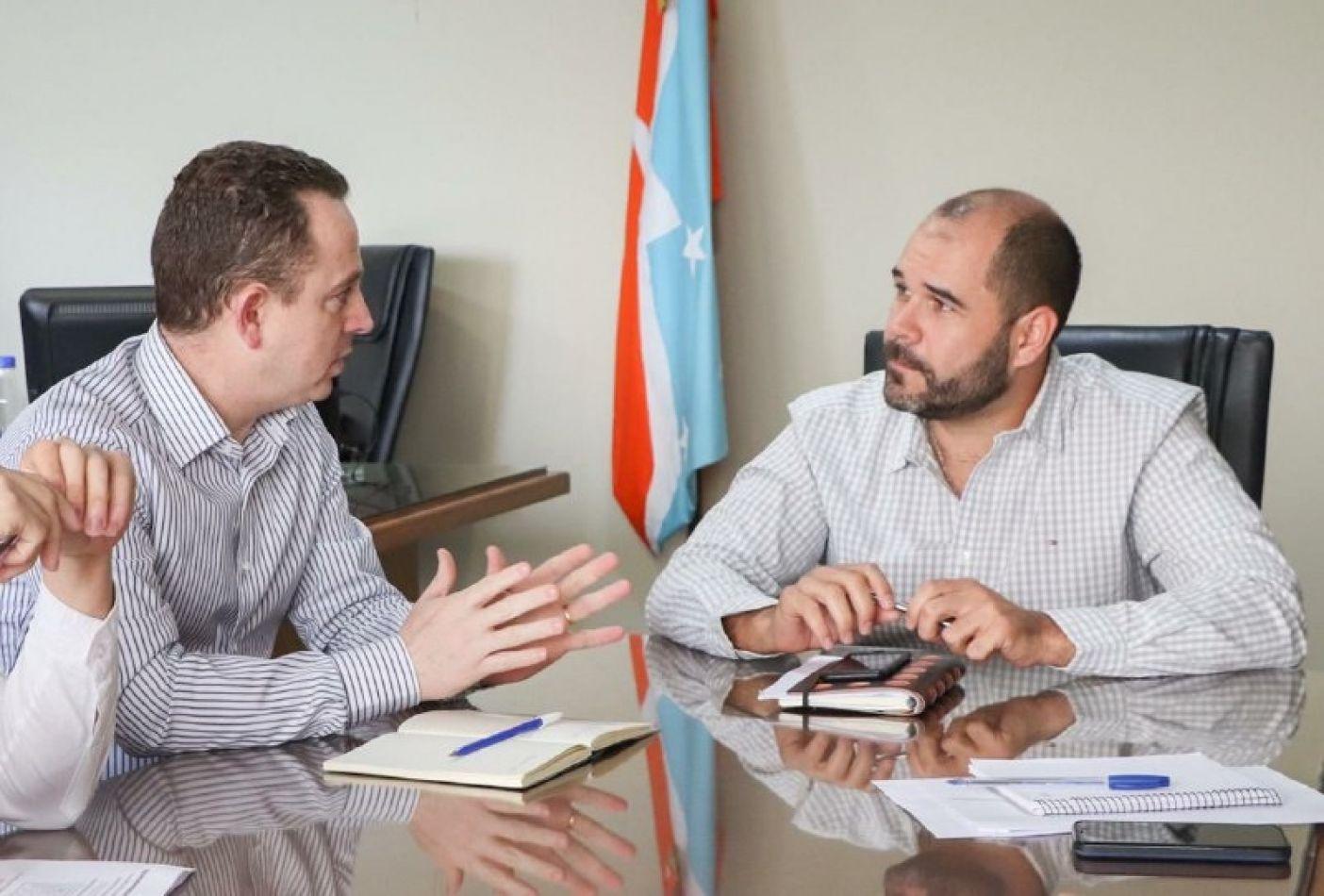 Gastón Díaz junto a Agustin Tita, en una reunion clave.