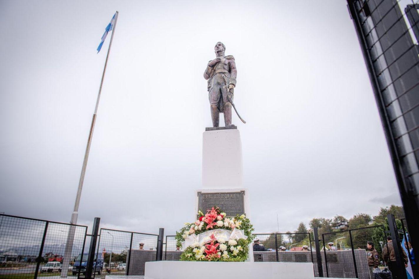 Acto conmemorativo por el aniversario del General San Martín