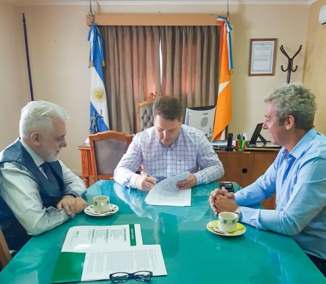 El Concejo Deliberante de Río Grande firmó un convenio marco con la UCES