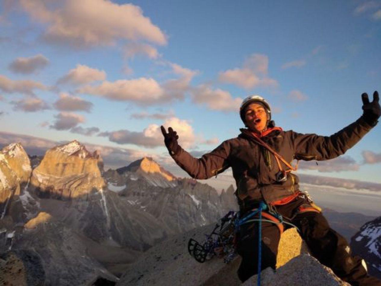 Joven escalador de 18 años muere en el Paine