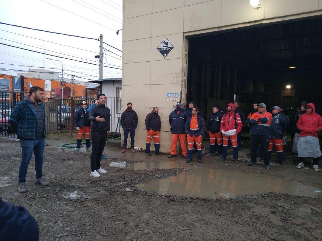 Municipio y Agrotécnica Fueguina capacitan a los trabajadores que recolectan residuos
