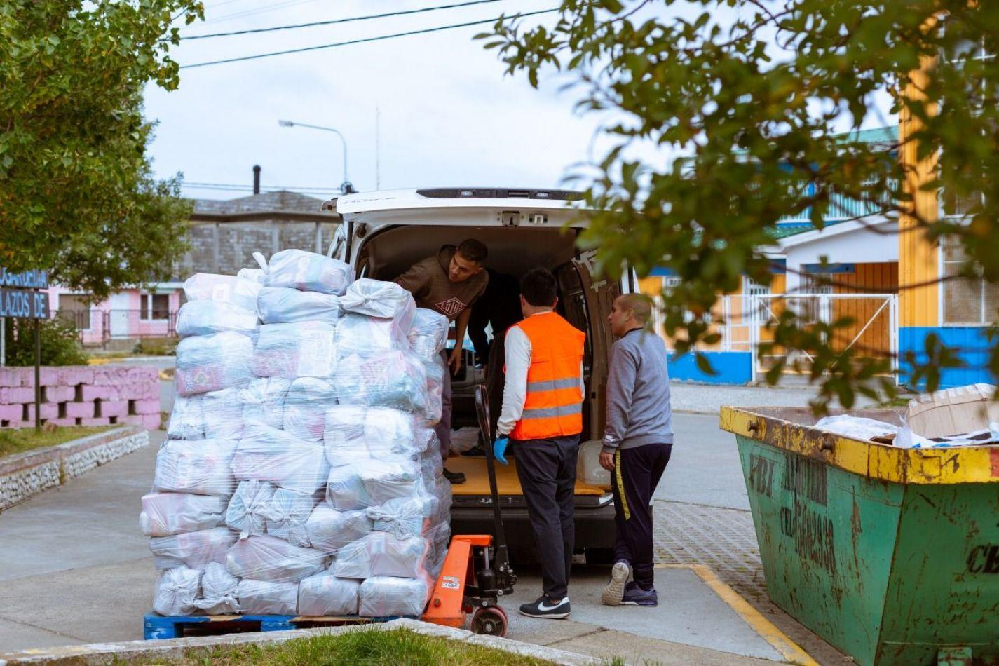 Más de 14 mil módulos alimentarios entregados en toda la provincia