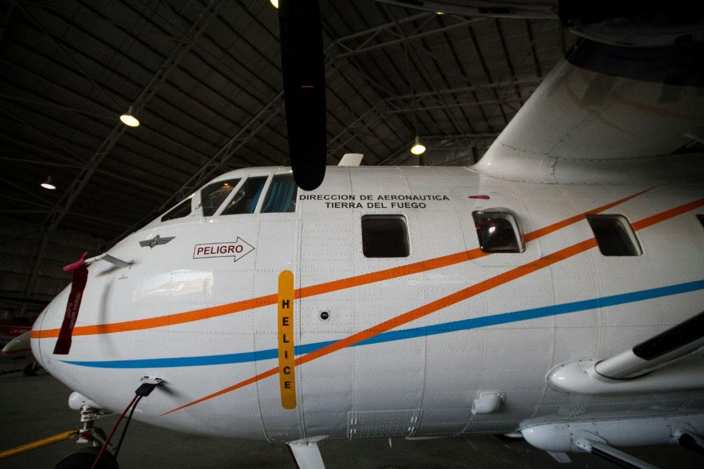 Gobierno pone en operación el avión Arava para el traslado de carga sanitaria