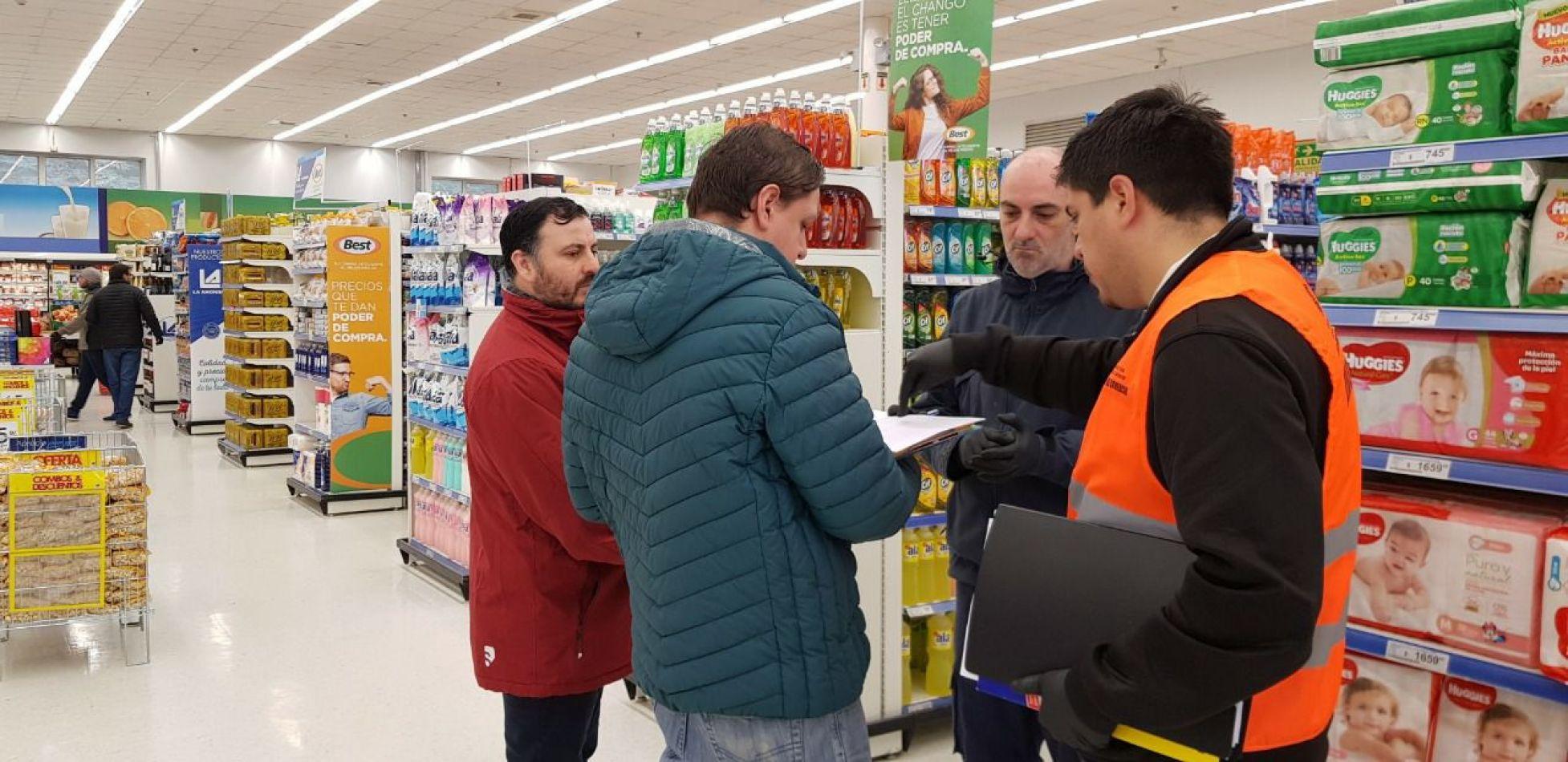 Secretaría de Comercio realizó controles de precios y abastecimiento de productos en Tolhuin