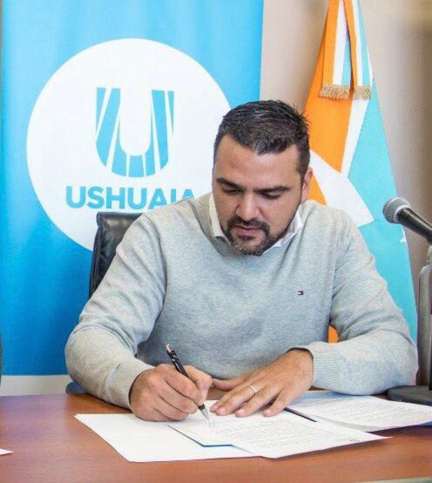 El intendente  de la ciudad de Ushuaia, Walter Vuoto.