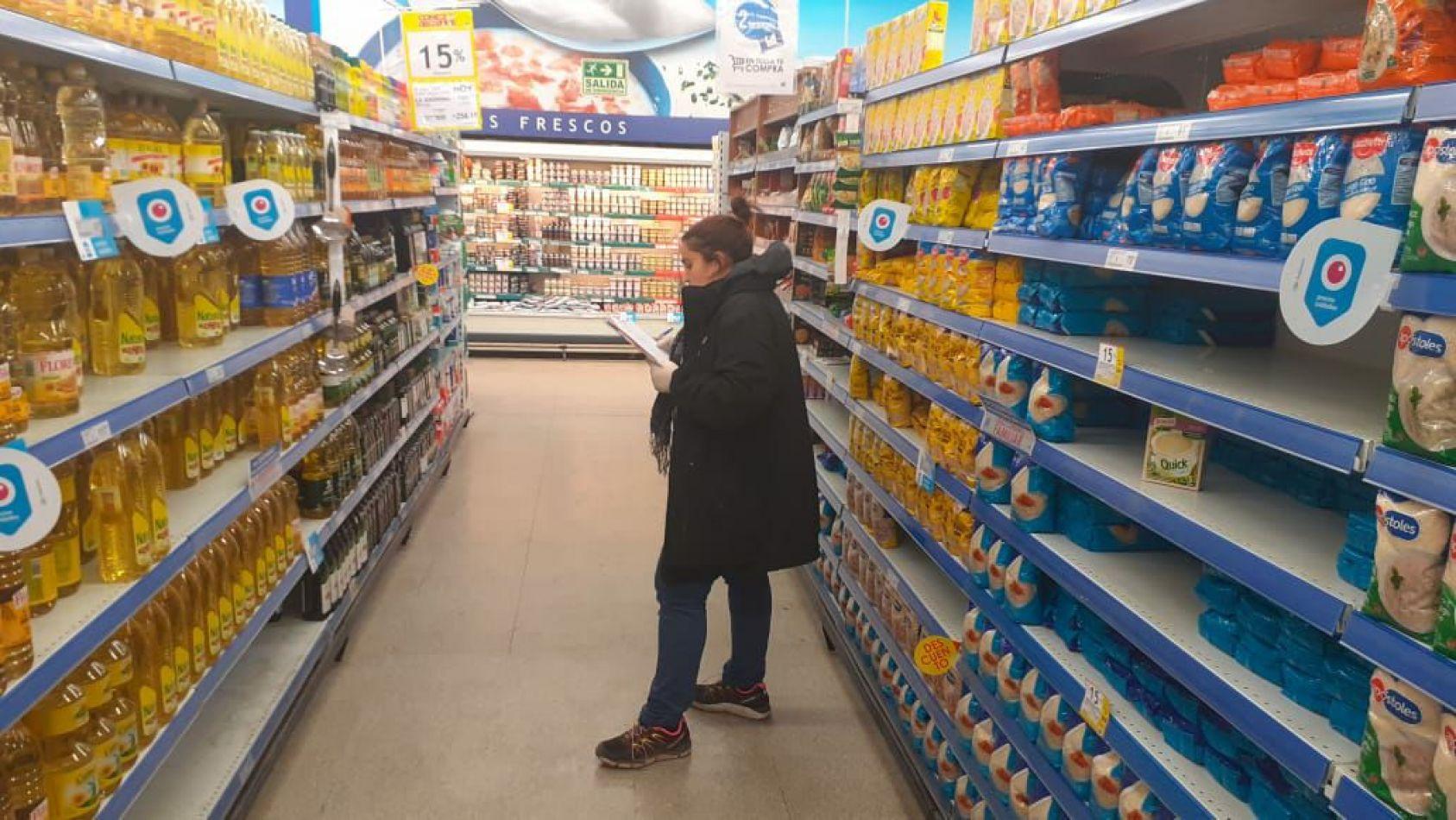 Comercios deberán tener una lista de precios con valores correspondientes al 6 de marzo
