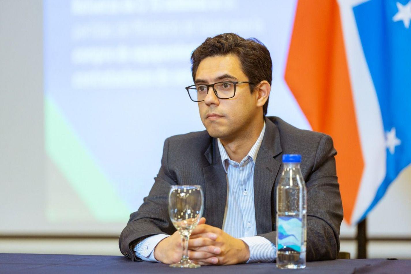 Ministro de Finanzas Públicas, Guillermo Fernández
