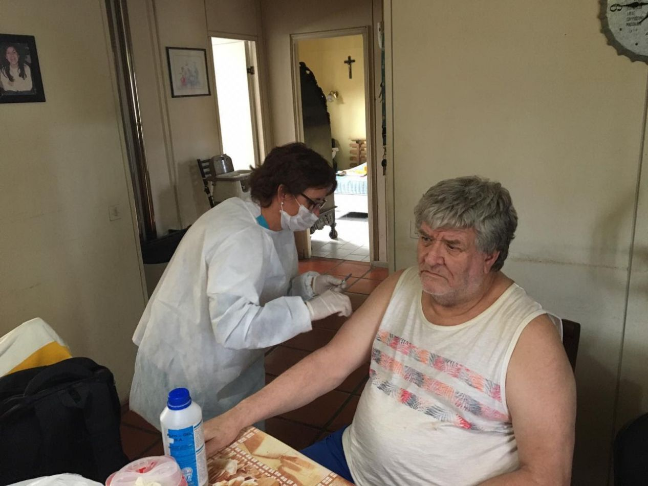 Implementan campaña de vacunación a grupos de riesgo