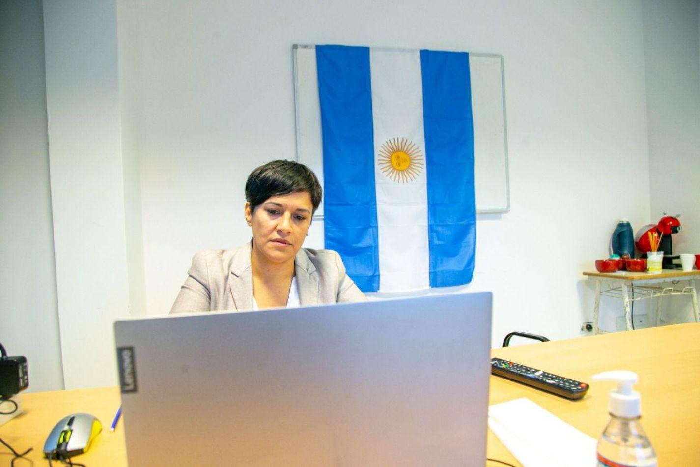 Analía Cubino, Minsitra de Educación de la provincia de Tierra del Fuego