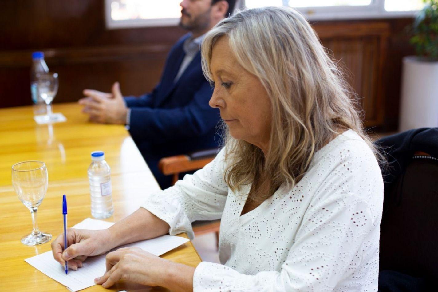 La ministra de Gobierno Justicia y Derechos Humanos, Adriana Chapperón .