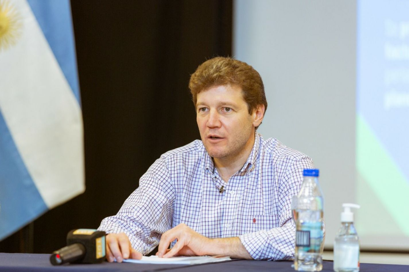 Gobernador de la Provincia de Tierra del Fuego AIAS, Gustavo Melella.