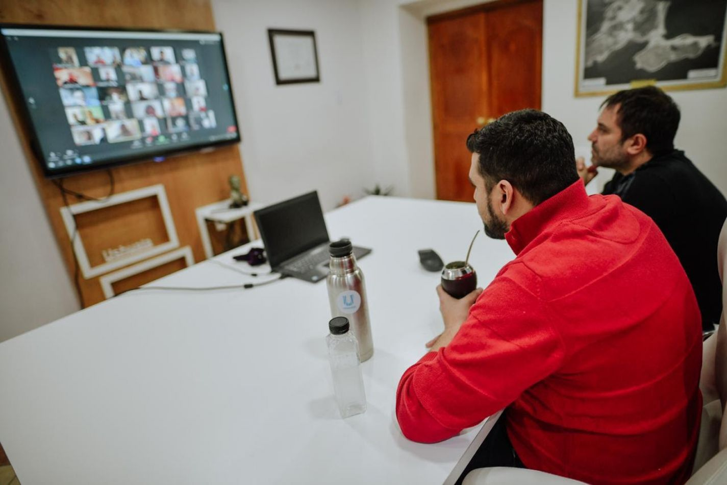 Vuoto se reunió con profesores del Instituto Municipal de Deportes