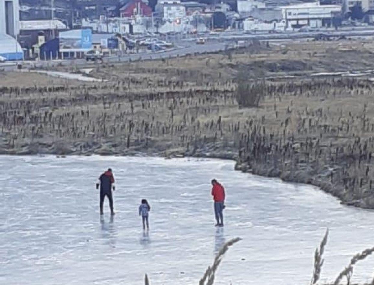 Se recuerda la prohibición de caminar y patinar sobre la Bahía Encerrada