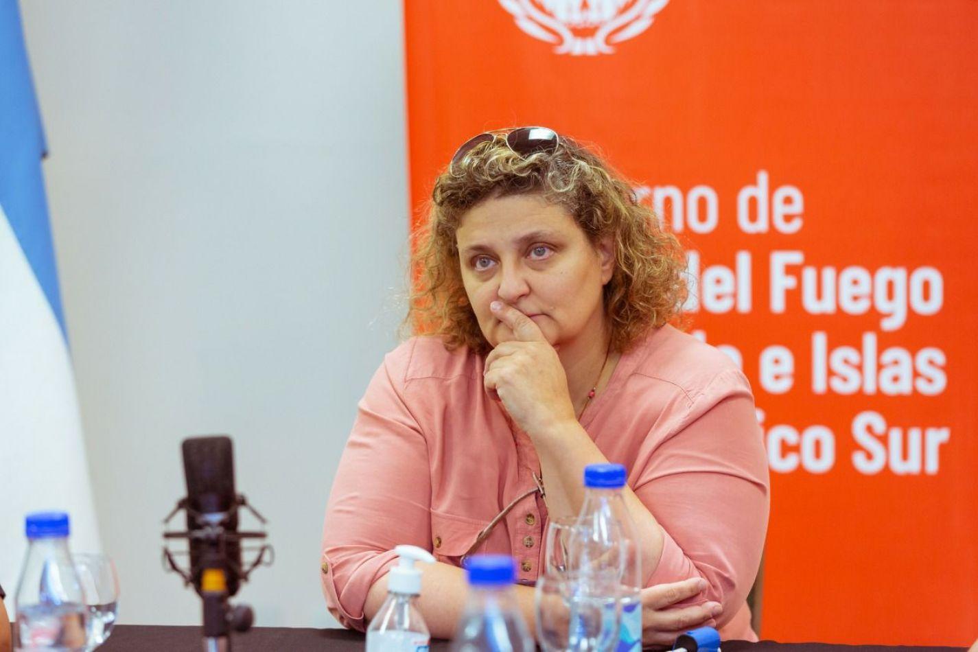 Ministro de la Producción y Ambiente de la provincia de Tierra del Fuego, Sonia Castiglione.