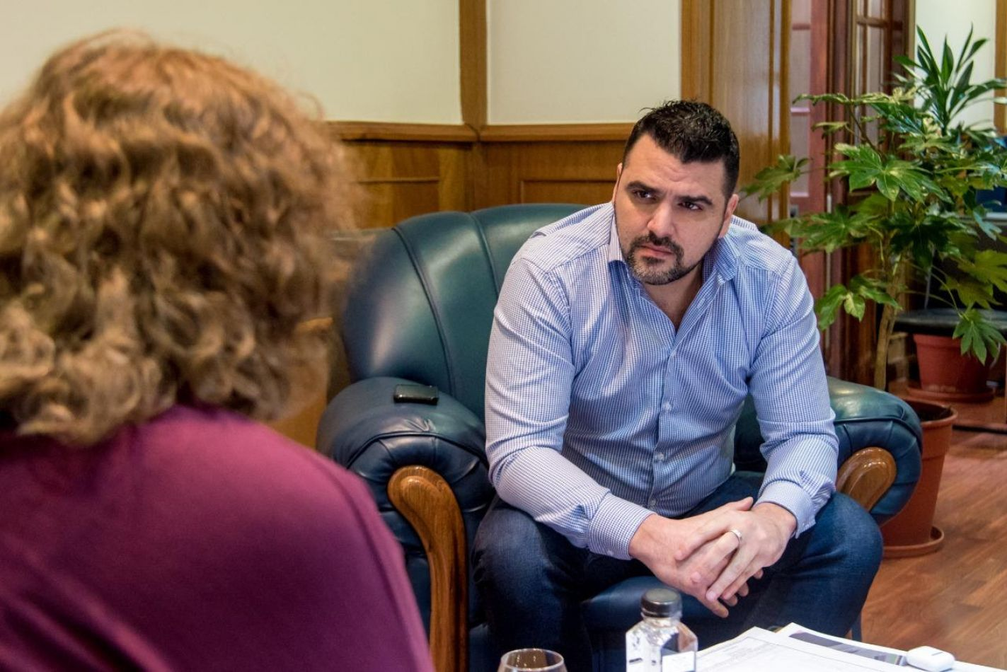Intendente Walter Vuoto mantuvo una reunión de trabajo con la diputada nacional del Frente Todos, Carolina Yutrovic.