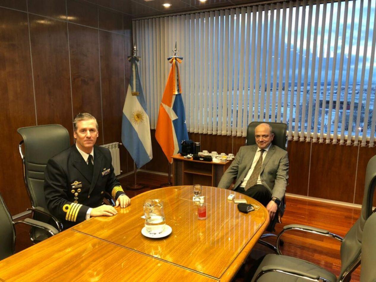 Visita protocolar del nuevo Comandante del Área Naval Austral