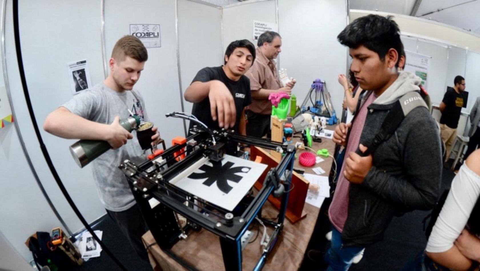 Se viene la 1° Expo Ingeniería Virtual 2020