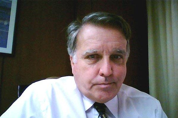 Director por Tierra del Fuego ante YPF, Ricardo Saporiti.